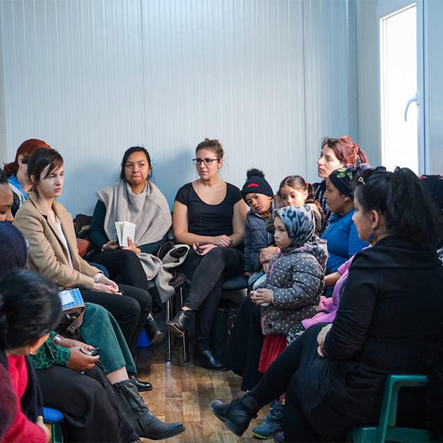 Femei rome dezvolta comunitati